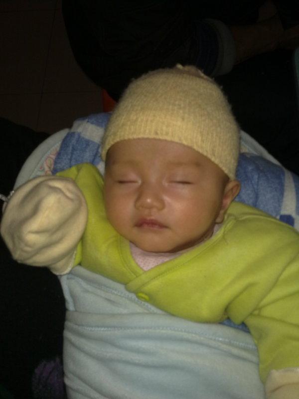 【宝宝睡觉萌照】  千奇百怪的睡姿  温柔