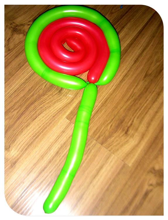 成长事记 长长气球玩造型; 还有棒棒糖的造型_魔术气球棒棒糖造型