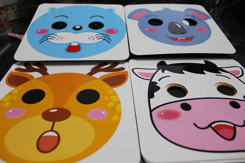 接下来就是重点了,面具卡,一共16张,超级可爱的.