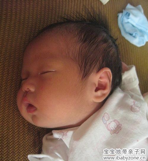 童真童趣 宝宝照片 【宝贝夏日头型秀】 可爱的夏日发型发展史 安桃