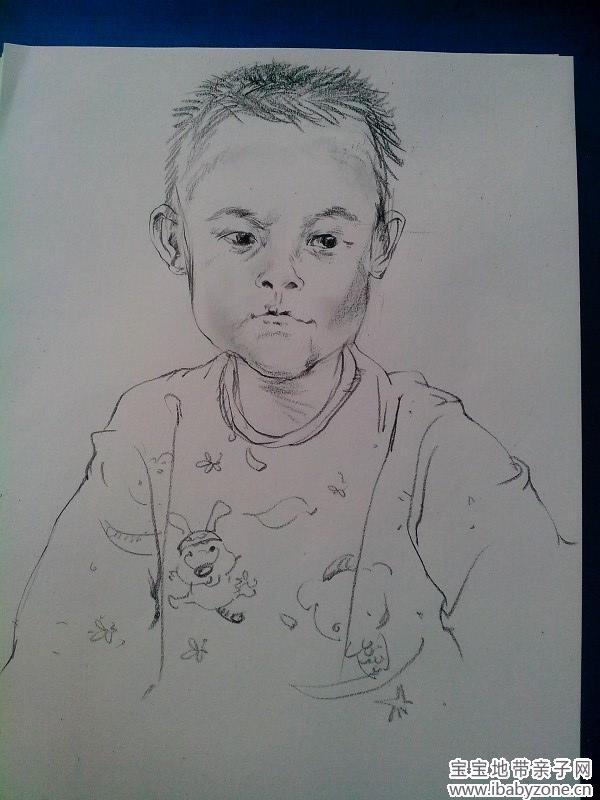 宝宝的第一张素描画