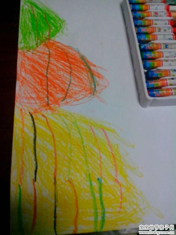 宝贝用蜡笔画的是小山丘,真的很简单呢,看画临摹,炫丽的色