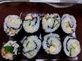 新手做的寿司,来点掌声吧!