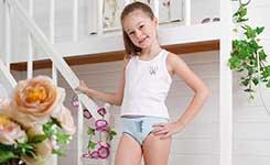 给宝宝造成伤害的五种穿衣打扮